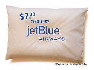 jetblue-pillow-7