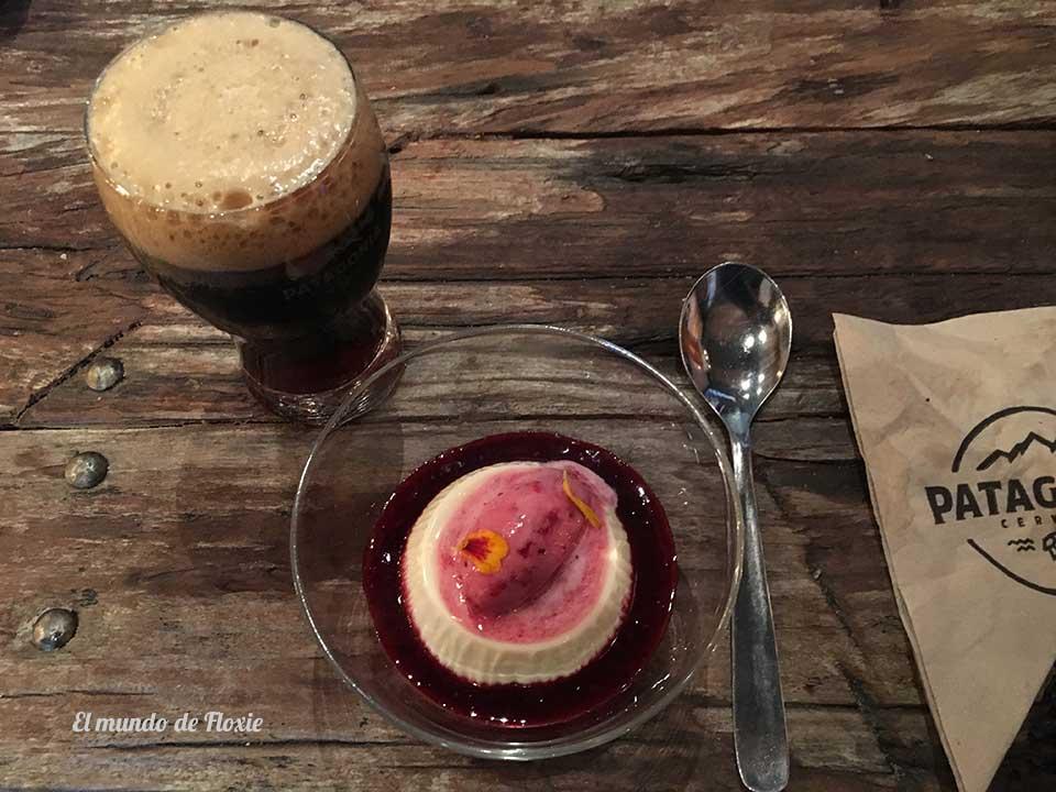 Panacotta de yoghurt y media pinta de Porter