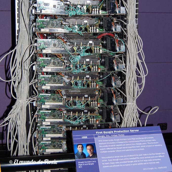 Primer servidor de producción de Google, del año 1999. - Computer history museum en Silicon Valley